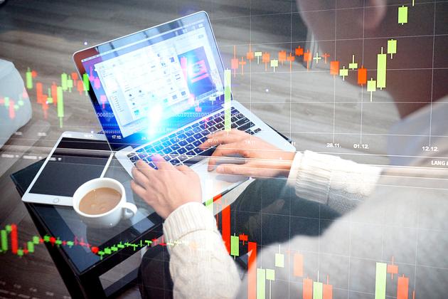 8月涨幅500%!多项利好也难撼市场跌势,四季度A股风格会转变吗?